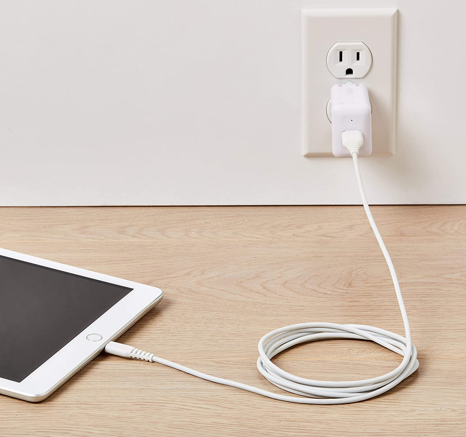 Basics MFi-Certified Lightning to USB A Cable for Apple iPhone and iPad - 6 Feet (1.8 Meters) - White