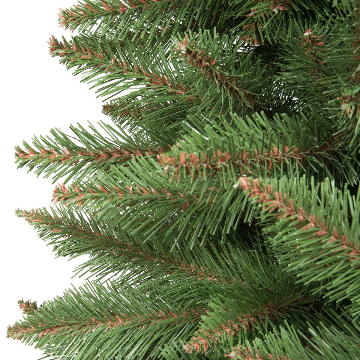 FairyTrees Künstlicher Weihnachtsbaum FICHTE Natur, Baumstamm Grün,  Material PVC, Inkl. Metallständer, 150cm Baumstamm Grün Inkl. Metallständer