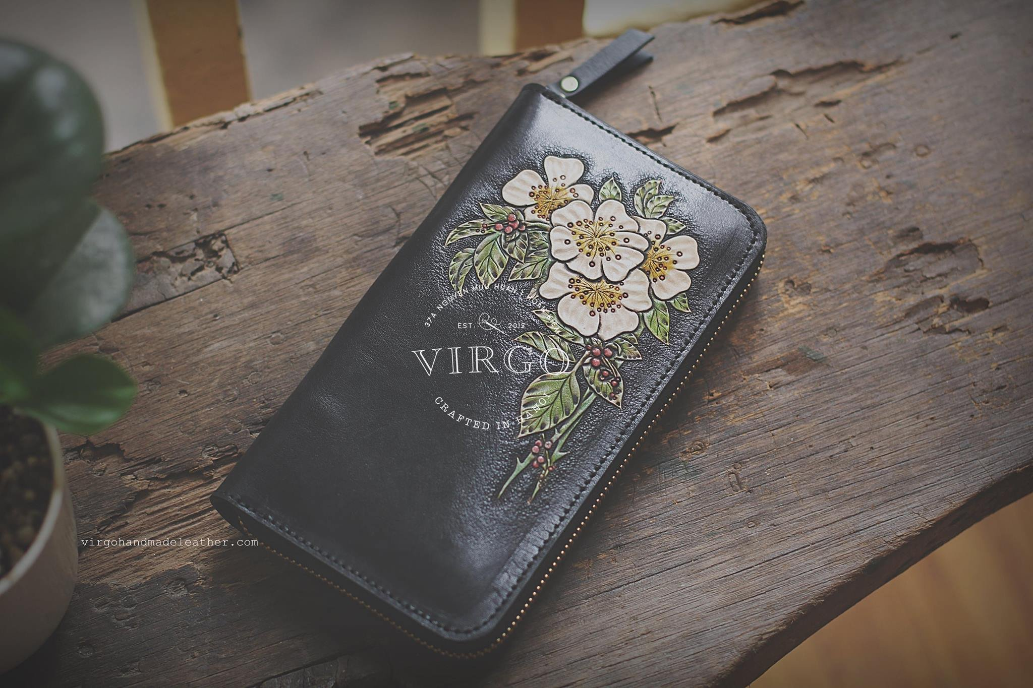 White Blossom hand tooled long wallet for women | Personalized Vintage vegetable tanned leather handmade wallet