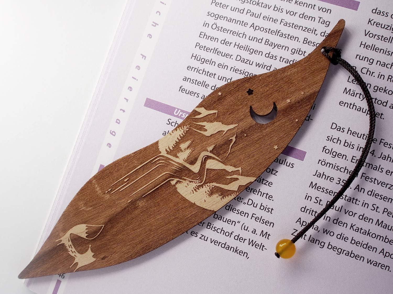 MinaturArt Lesezeichen aus Holz Fuchs und Berge