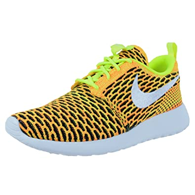 sale retailer 7ac65 b31a4 Amazon.com   Nike Womens Roshe ONE Flyknit Casual Shoes Volt White Total  Orange 704927 702   Road Running