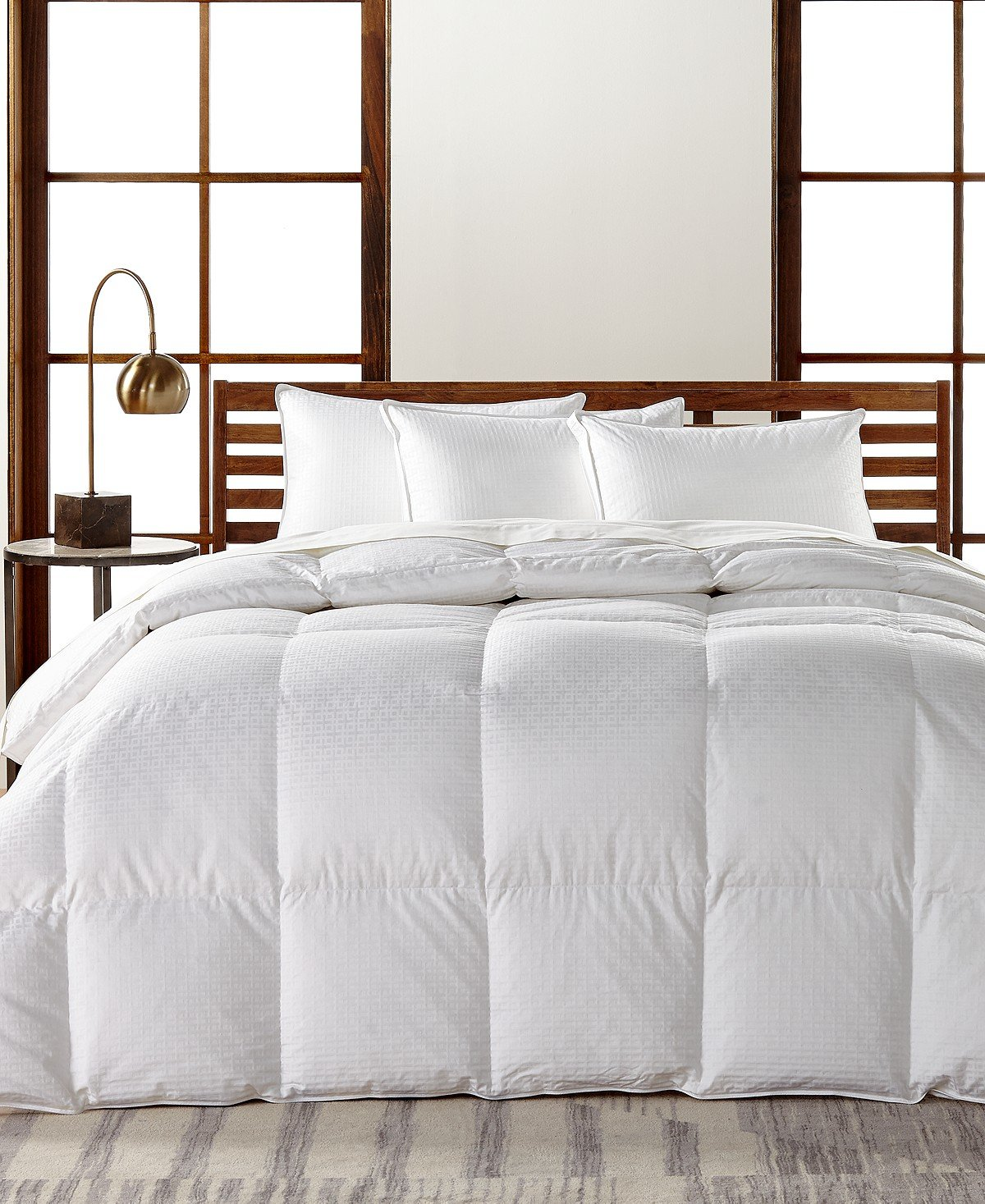 Hotel Collection European White Goose Down Light Weight Full/Queen Comforter