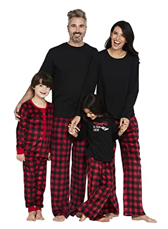 0e253b27dd Karen Neuburger Women s Classic Plaid Family Matching Christmas Holiday  Pajama Sets PJ at Amazon Women s Clothing store