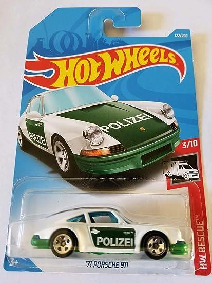Amazon com: Hot Wheels 2019 Hw Rescue 3/10 - '71 Porsche 911