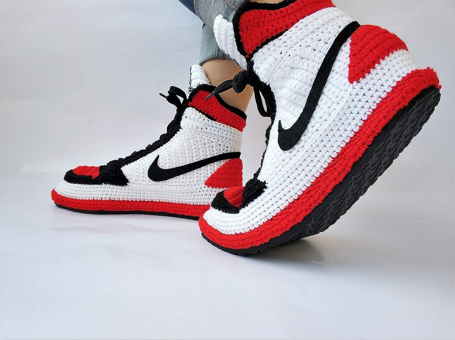 ec79efe3972 Amazon.com  Knitting Style Air Jordan 1 Retro High OG