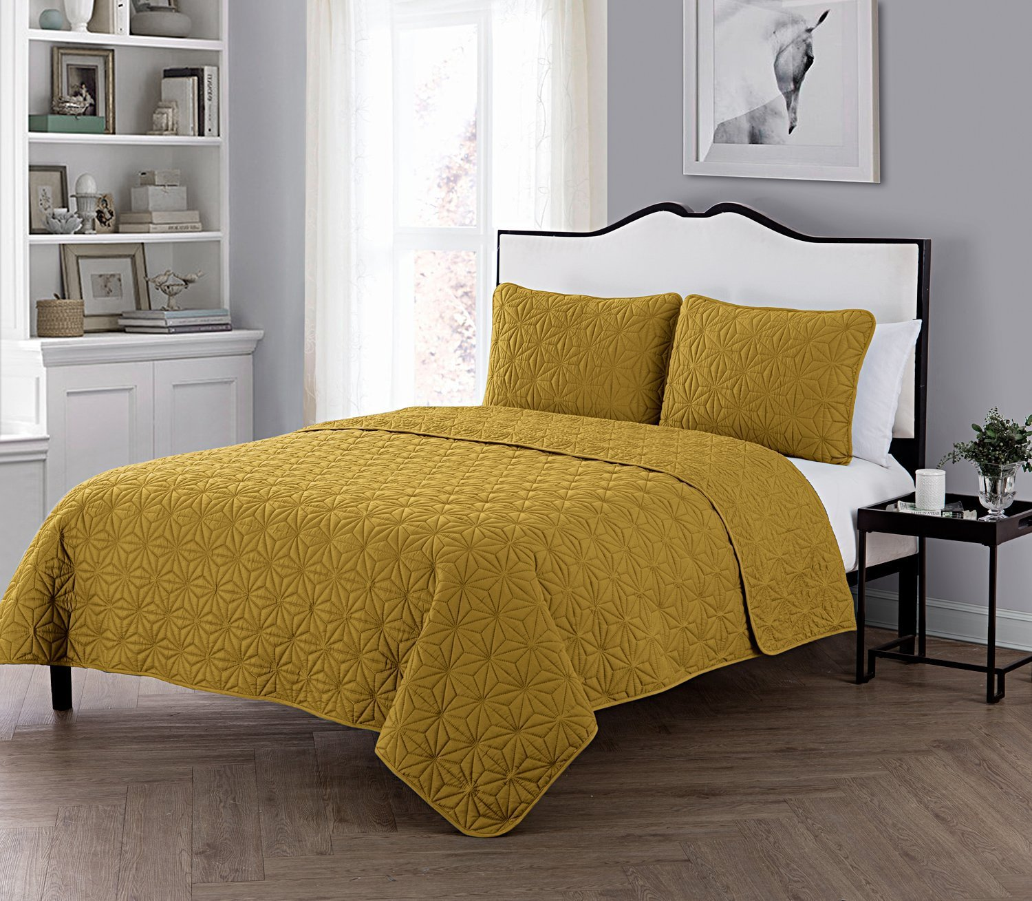 VCNY Home King Size Quilt Set in Gold Eye-popping Geometric Pattern Beautiful Blanket 3 Pc Set w/2 Shams