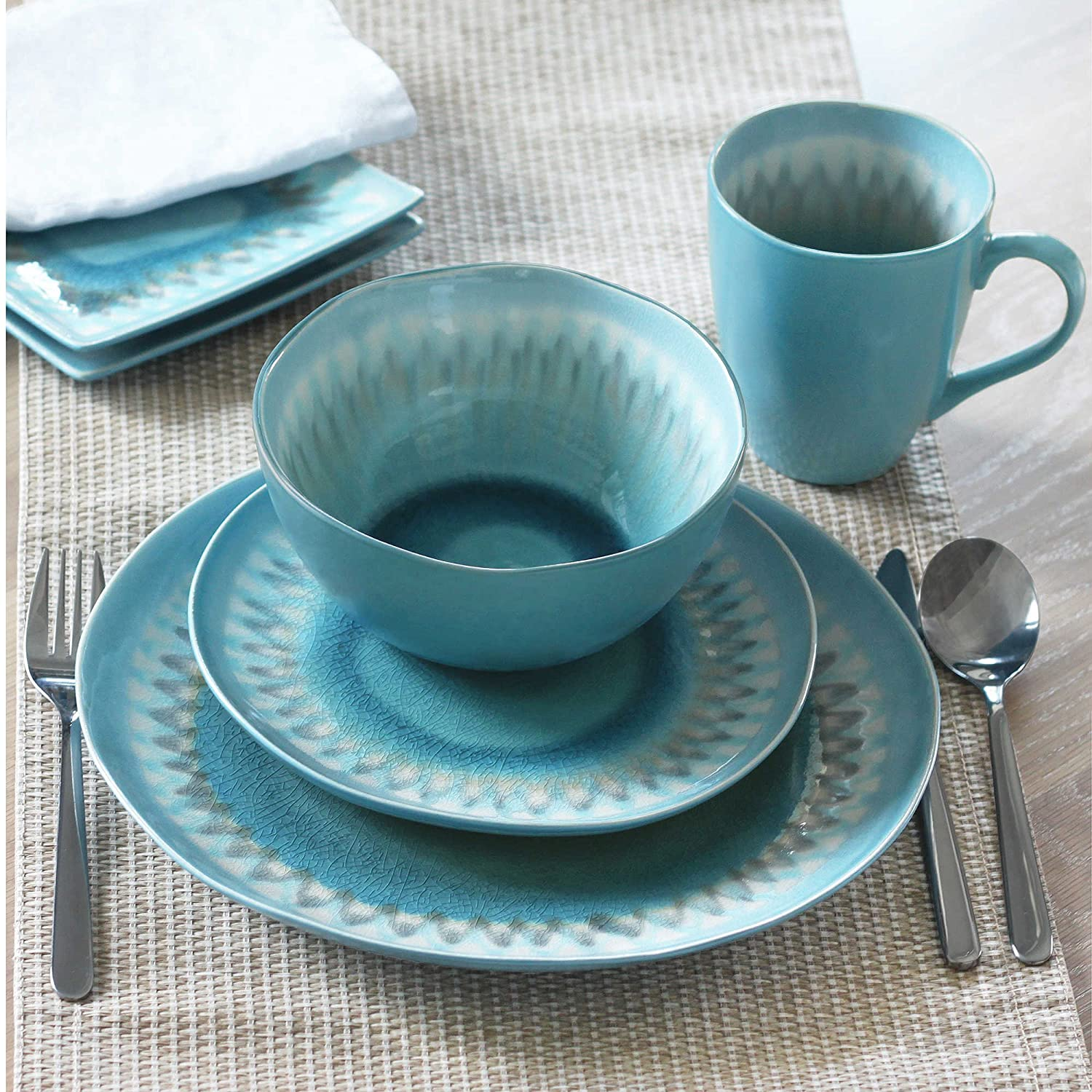 Amazon.com | Baum Shibori 16-Piece Dinnerware Set in Aqua ...
