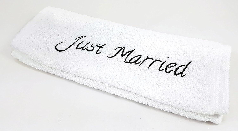 Handtuch tolles Hochzeitsgeschenk f/ür das Brautpaar//Hochzeitspaar Geschenk Charming Boxes Hochzeits-Handt/ücher Set Verlobung 30x50cm Baumwolle Just Married 2 St/ück