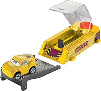 Mattel Disney Cars Mini Racers - Lanzador Cruz Ramírez: Amazon.es: Juguetes y juegos