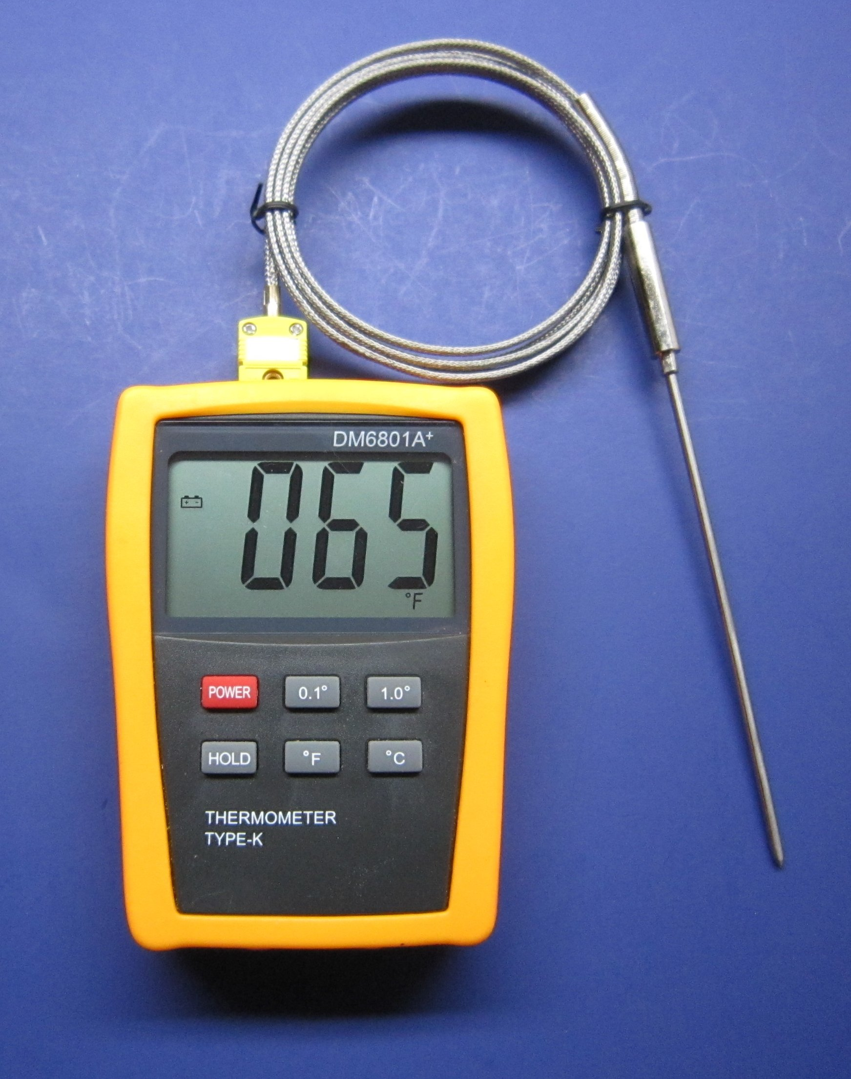 High Temperature k-type Thermocouple Thermometer with 5'' Pointed Stainless Steel Insertion Probe 932 F or 500 C