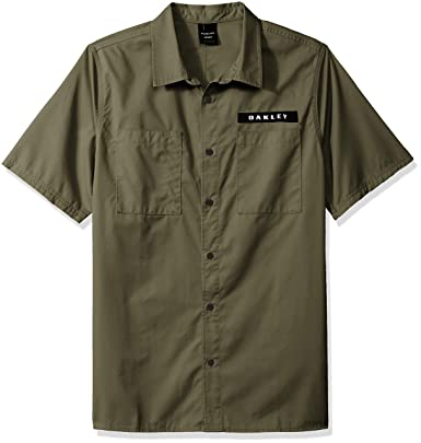 93ba8c337526a3 Oakley Herren Hemd kurz Icon Shirt  Amazon.de  Bekleidung