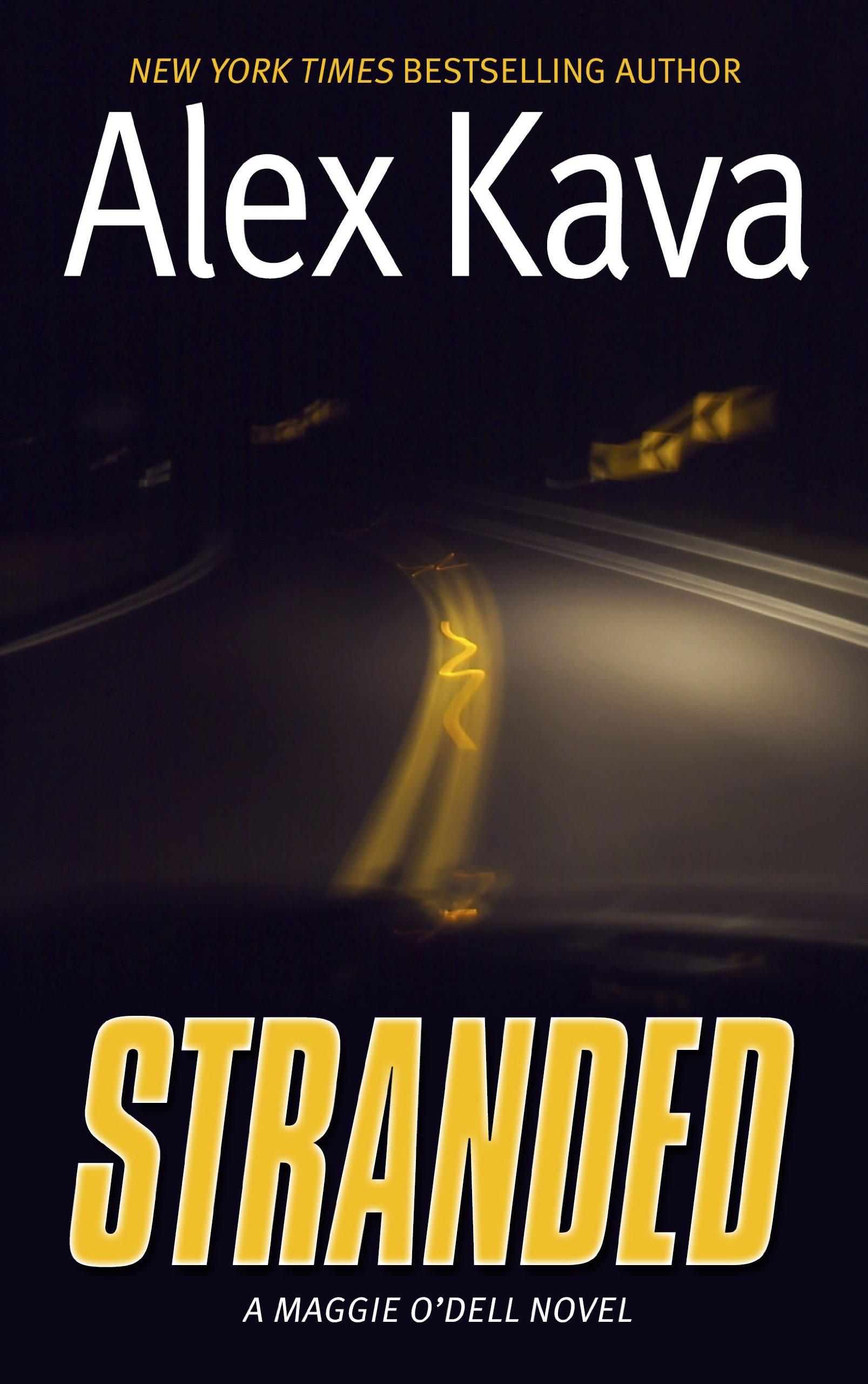 Stranded: A Maggie Odell Novel (Thorndike Press Large Print Basic) PDF