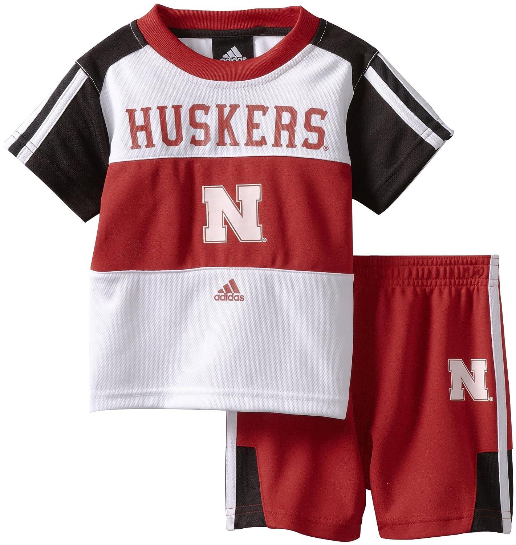 bbaed3b79 Amazon.com: NCAA Nebraska Cornhuskers Toddler Short Sleeve Tee and Short  Set (White, 2T): Clothing