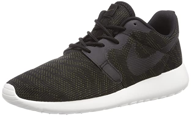 finest selection 1809a 2d28a Nike Women s Roshe Run Knit Jacquard Low-Top Trainer  Amazon.co.uk  Shoes    Bags