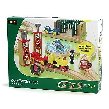 Brio 33008 Wooden Railway Zoo Garden Set By Brio Amazonca Toys