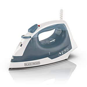 BLACK+DECKER IR40V Easy Steam Compact Iron