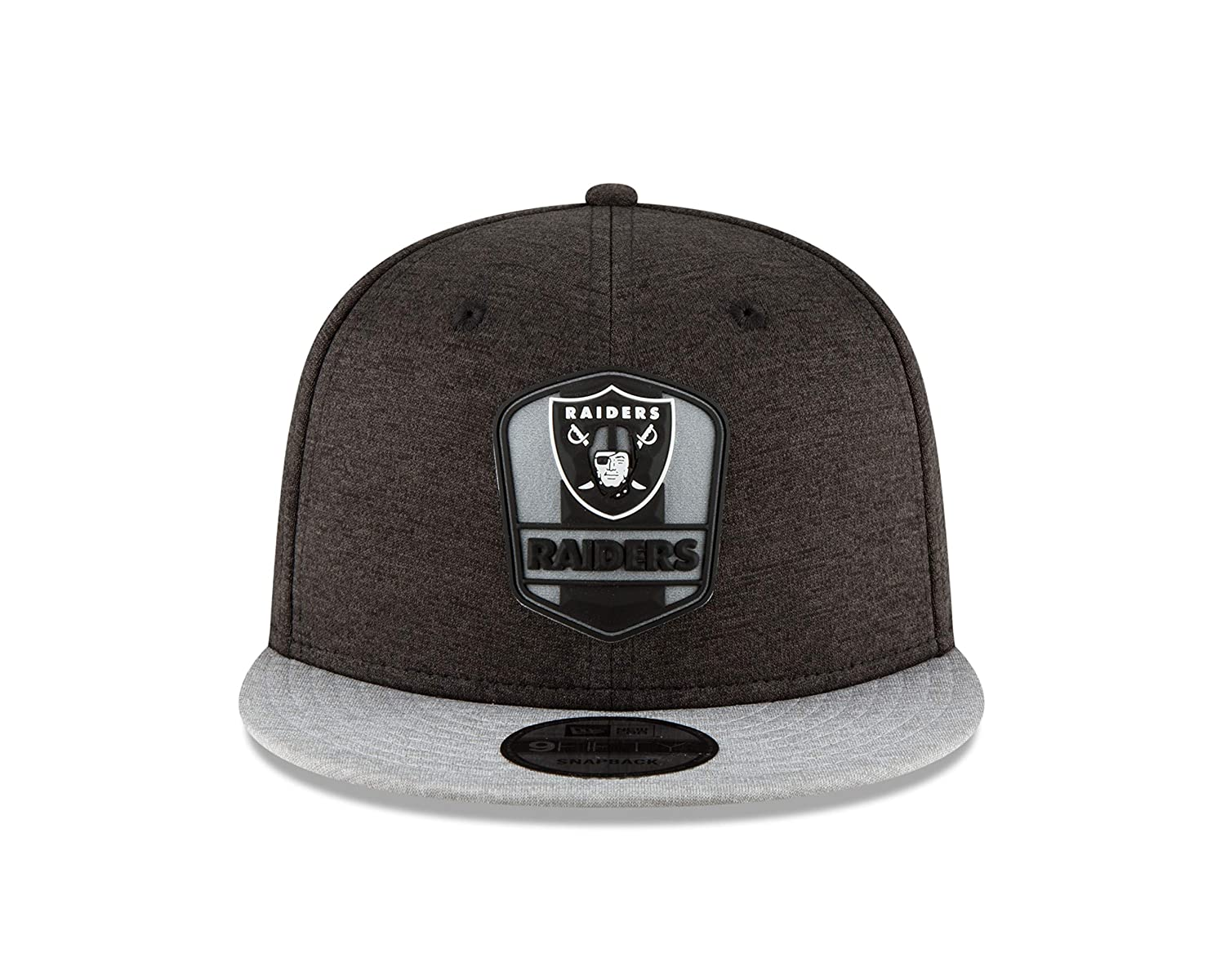 Amazon.com   New Era Oakland Raiders 2018 NFL Sideline Road Official 9FIFTY  Snapback Hat   Sports   Outdoors 39e8edb59