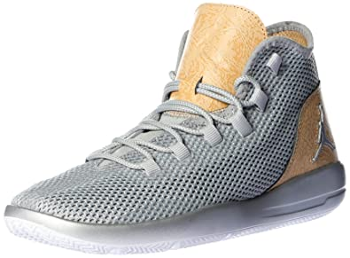 5273b43a186d Jordan Reveal Men Round Toe Leather Sneakers (9.5 B(M) US