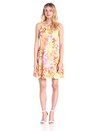 Gabby Skye Women's Sleeveless Printed Inverted-Pleat Dress at Amazon