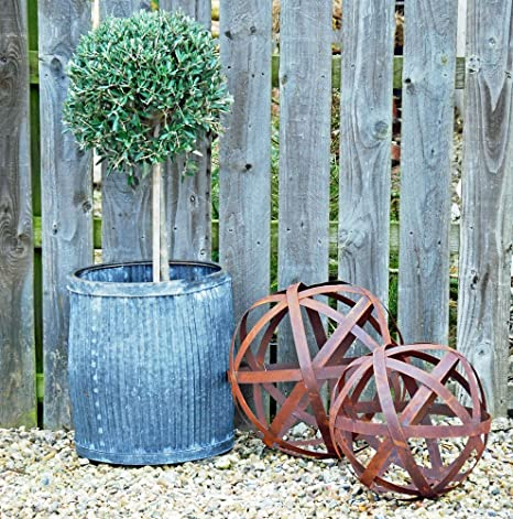 Bluebell Yard Large Wisley Round Rusted Metal Garden Sculpture