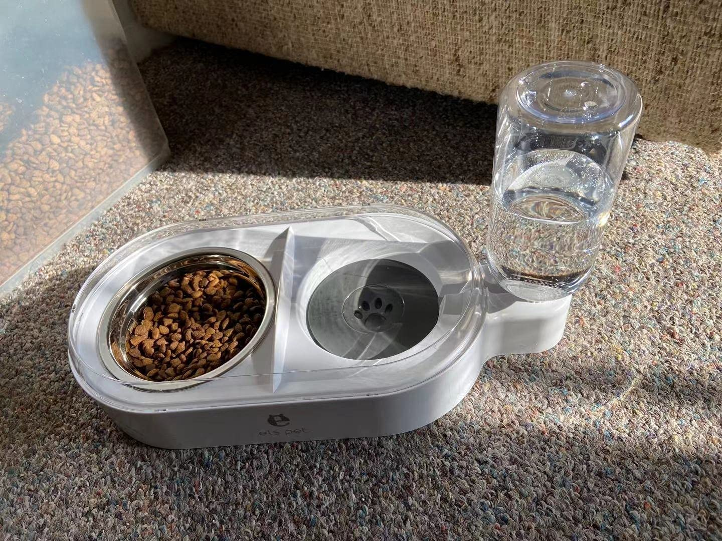 ELSPET 2 in1 Cats Gravity Waterer/Cats Food Bowl, Anti-Spill Raised Side/Anti-Slip Base, Pet Automatic Water Dispenser with Detachable Bowl and 500ml Water Bottle