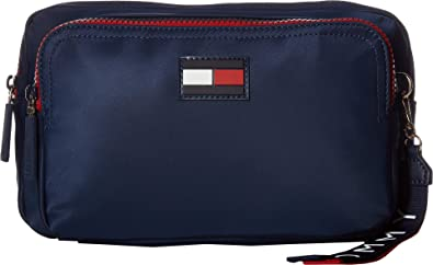 b5a27ed9 Tommy Hilfiger Women's Leah Body Bag Tommy Navy One Size: Handbags ...