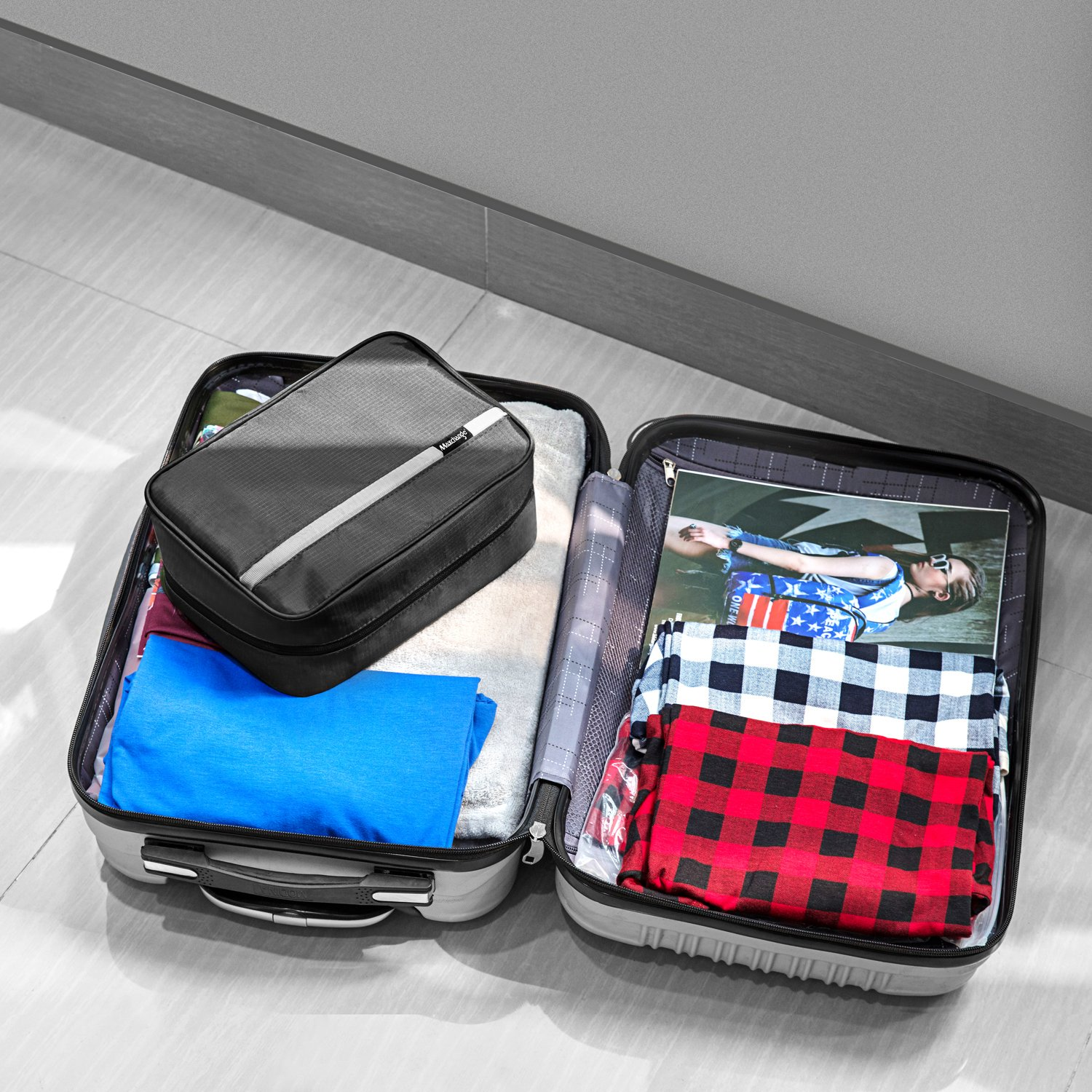 Maxchange Hanging Toiletry Bag | Compact Travel Toiletry Bag for Men/Women | Foldable Mens Hygiene Bag with 4 Compartments| Waterproof Travel Bathroom Bag.(Black) by Maxchange