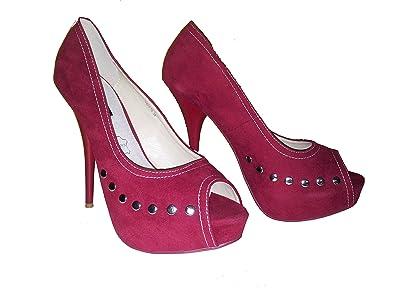35446dcc625 Escarpins glamour Talons hauts peep toe en rouge avec rivets ...