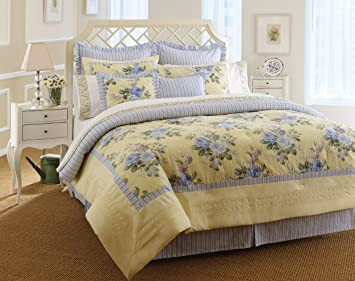 Amazoncom Laura Ashley Caroline Collection Bed In A Bag King - Laura ashley bedroom