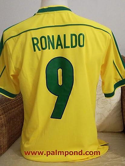 96be57ef19d Amazon.com   Retro Ronaldo 9 Brazil Home Soccer Jersey 1998   Sports ...