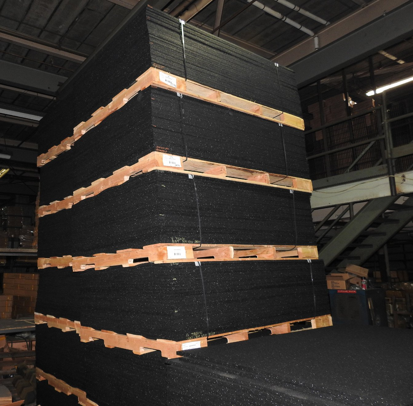 American Made Thick Rubber Gym Flooring 3//4 Thick 48 x 72 Weighs 90 lbs.
