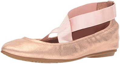 ae7d4312e4d3 Taryn Rose Women s Edina Powder Metallic Ballet Flat Rose Gold 5.5 M M US