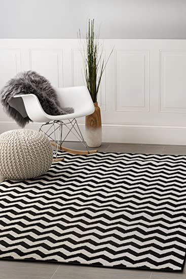 Contemporary Black Chevron Striped Rug 7 Foot 10 Inch X 9