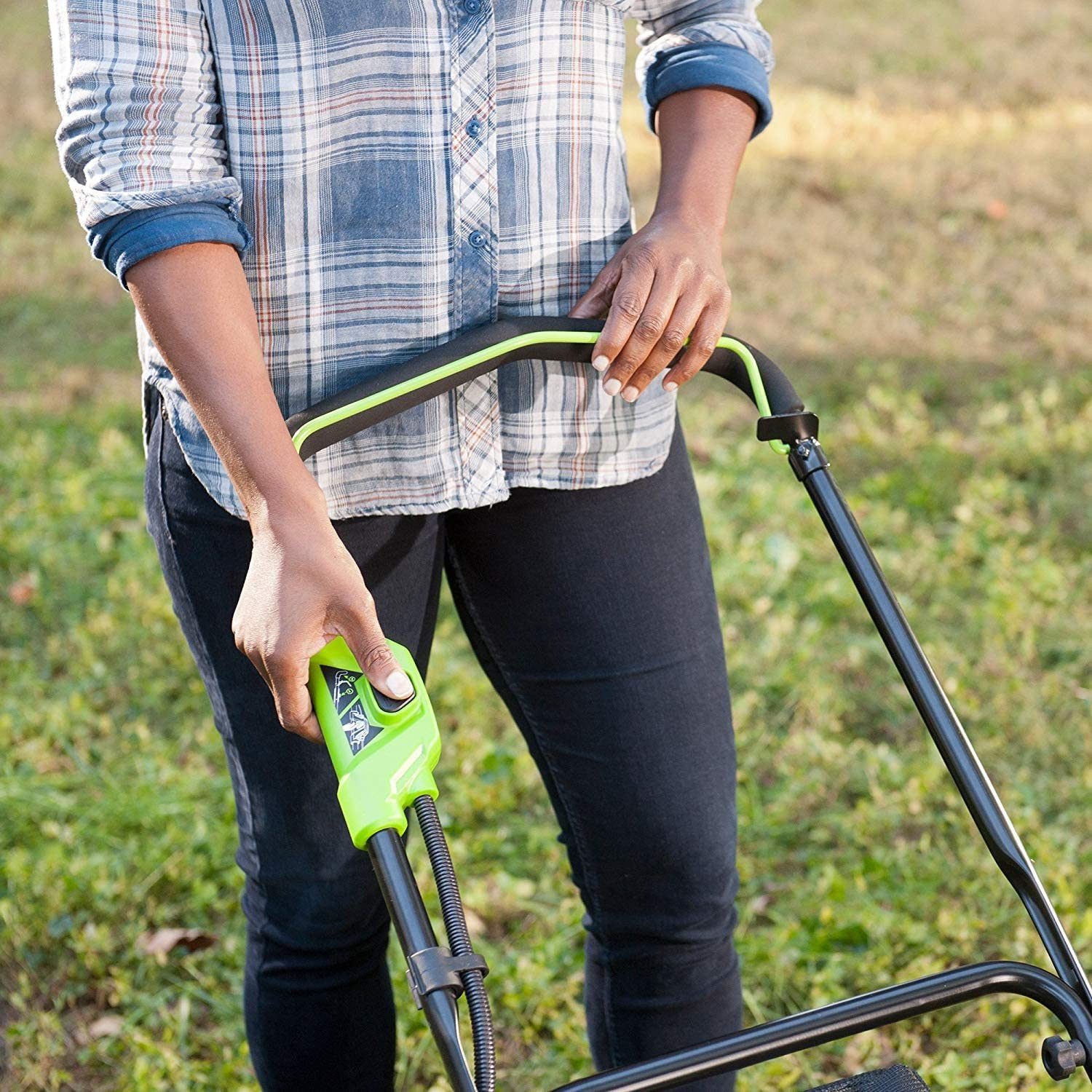 Greenworks 40V 2500502 Cordless Lawn Mower  Best Cordless Electric Lawn Mower