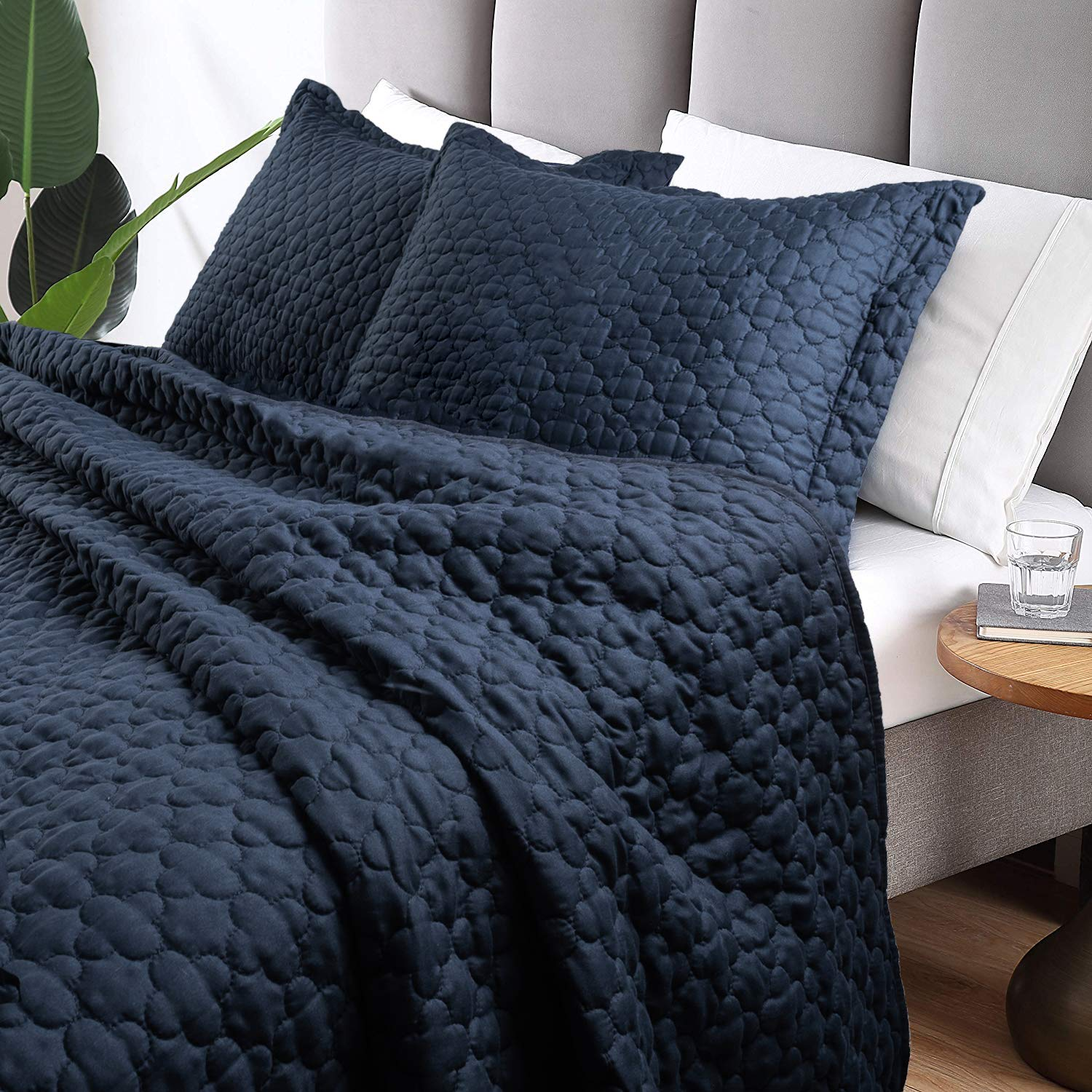 Tempcore Quilt Queen Size Navy Blue 3 Piece, Hypoallergenic Microfiber Lightweight Soft Bedspread Coverlet for All Season,Full/Queen Navy Blue,(1 Quilt,2 Shams) by Tempcore