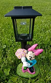 9 Inch Disney Minnie Mouse With Bouquet Of Flowers Solar Lamp Post Light Up  Garden Statue