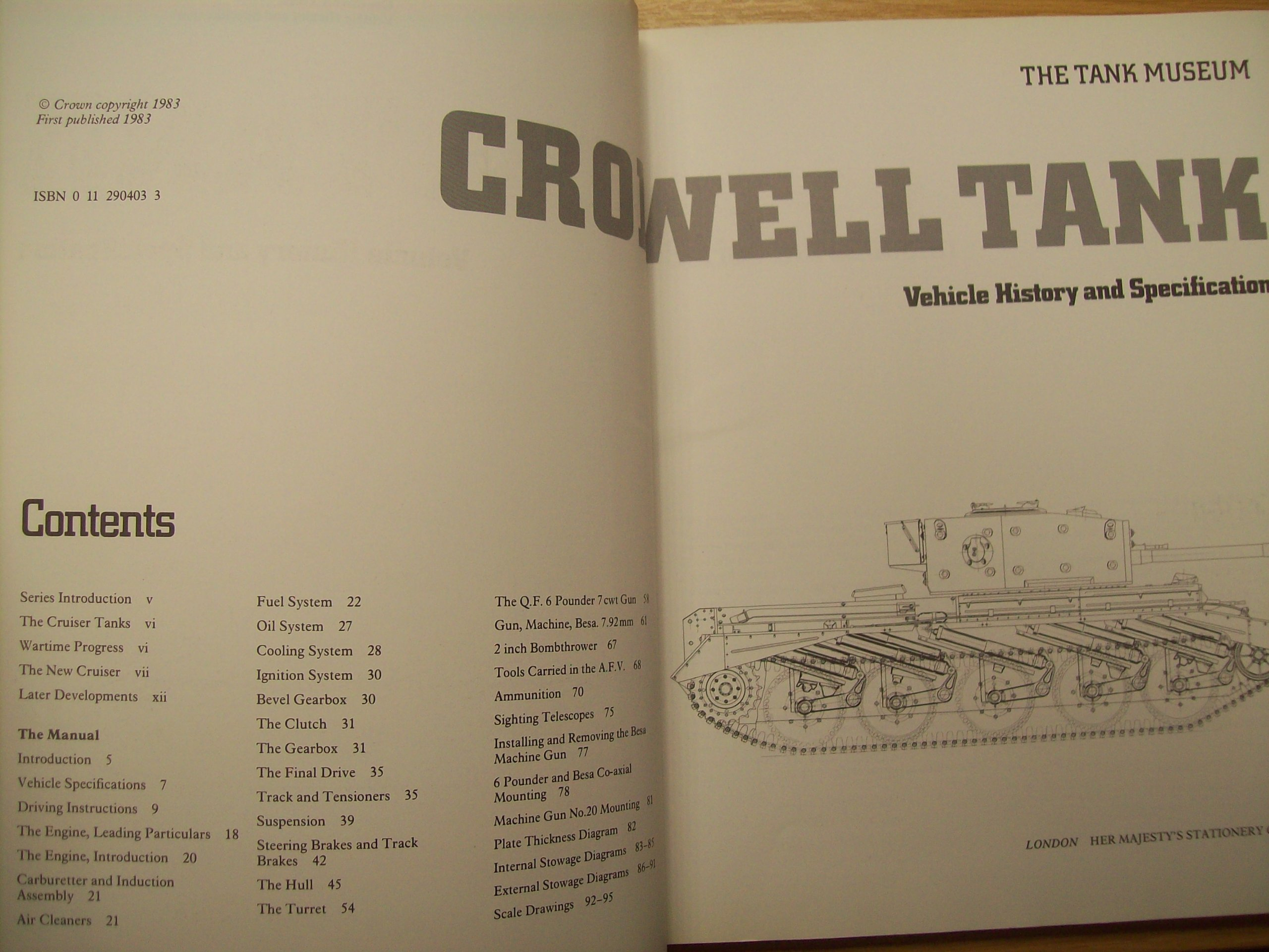 Cromwell Tank Vehicle History And Specification Fuel Oil System Diagram National Army Museum 9780112904038 Books