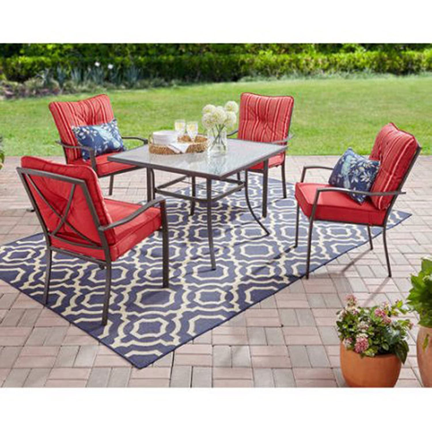 Amazon com mainstays forest hills 5 piece dining set with cushioned chairs outdoor furniture red garden outdoor