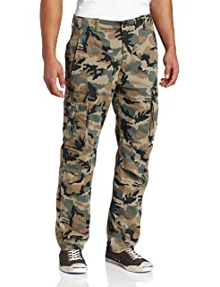 87b10330 Levi's Mens Military Banded Carrier Cargo Pant at Amazon Men's ...