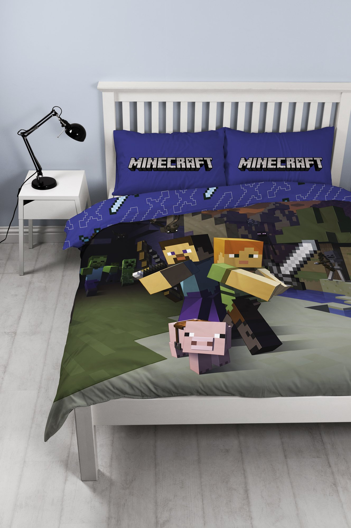 Minecraft 'Good Guys' Double Duvet Set - Large Print Design