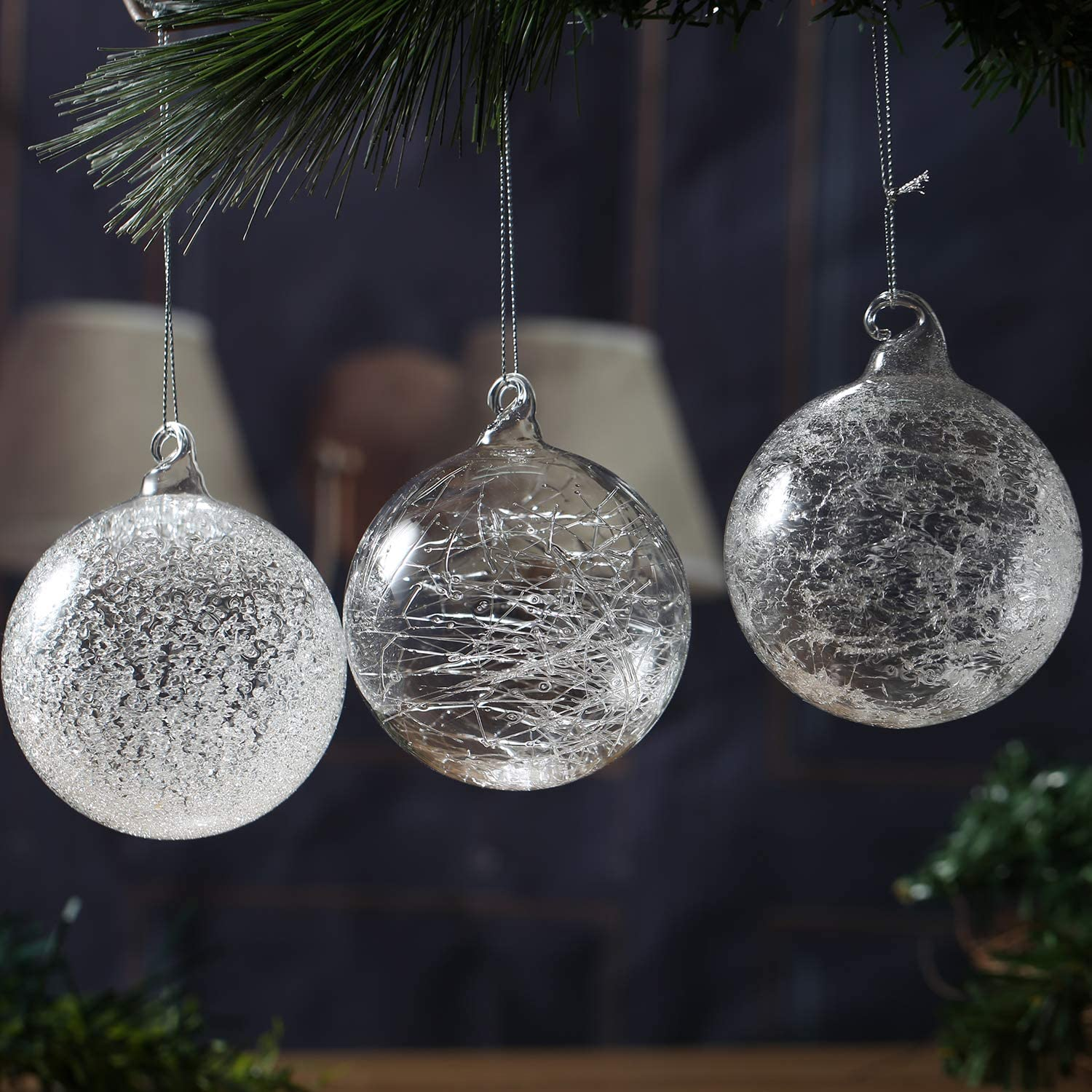 Decorating Clear Glass Christmas Ornaments  from images-na.ssl-images-amazon.com