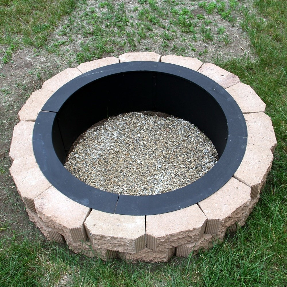 Amazon.com: Sunnydaze Heavy Duty Fire Pit Ring/Liner, DIY Fire Pit Above Or  In Ground 2.0 Mm Thickness Steel, 36 Inch Outside, 30 Inch Inside Diameter:  ...