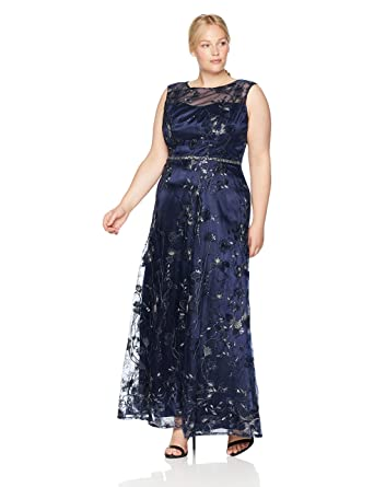 6ba5b3b6706 Emma Street Women s Jewel Neck Fit and Flair Embroidered Gown Mother of The Bride  Dress  Amazon.co.uk  Clothing