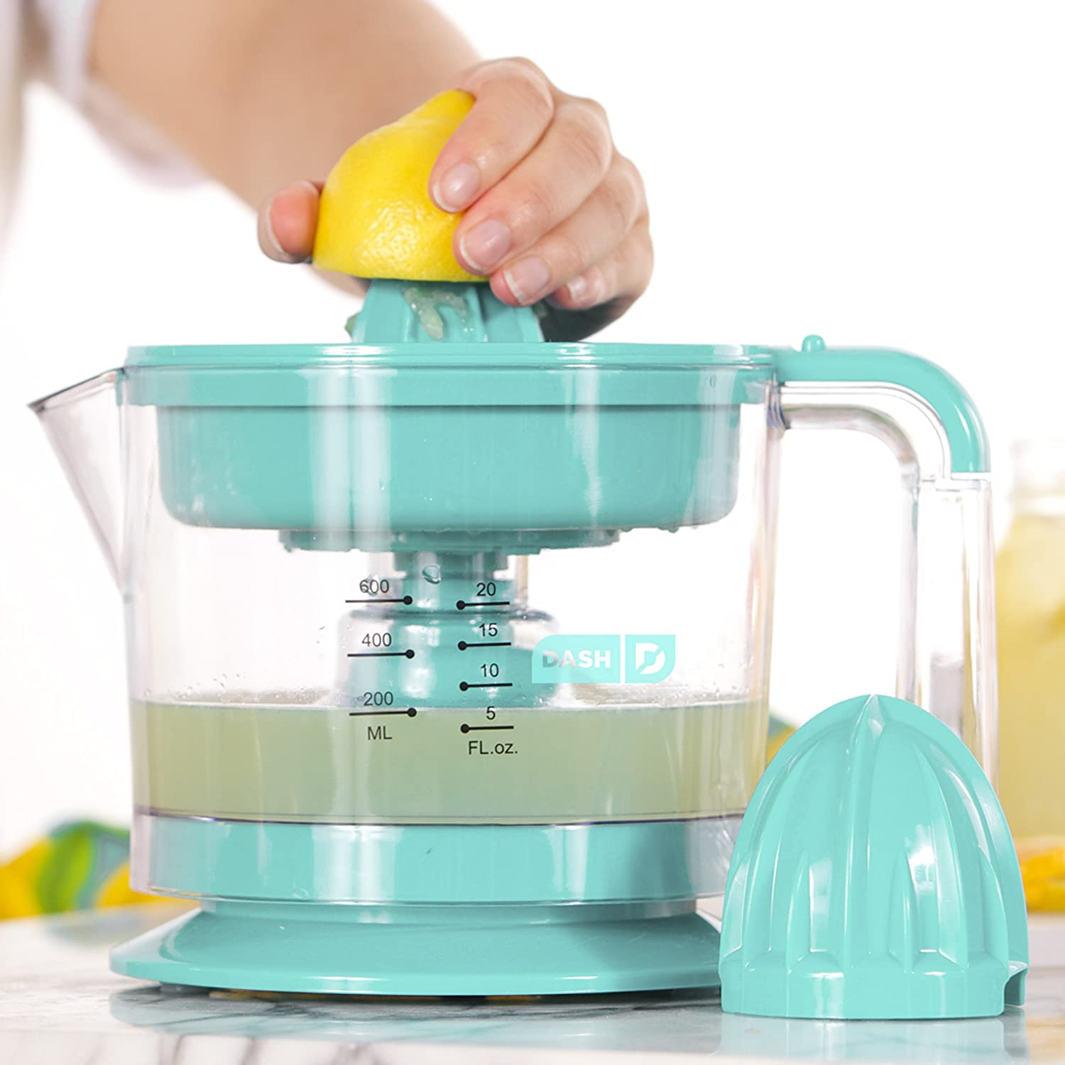 Amazon.com: Dash Citrus Juicer Extractor: Compact Juicer for Healthy ...