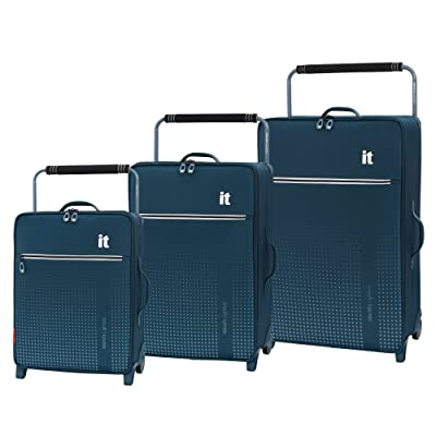 IT Luggage World's Lightest Vitalize 2 Wheel 3 Piece Set
