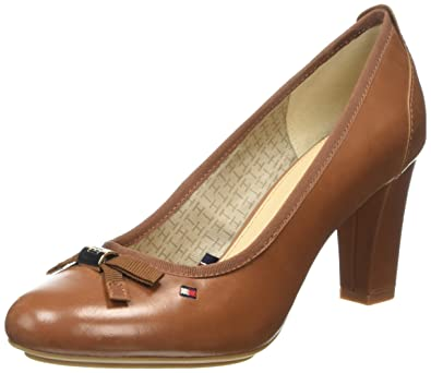 17882c6cd Tommy Hilfiger Women s C1285INDY 16A Pumps Brown Size  3.5  Amazon ...