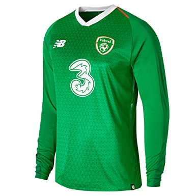 8ae06641b Amazon.com: Carrolls Irish Gifts FAI Home Long Sleeve Jersey: Clothing