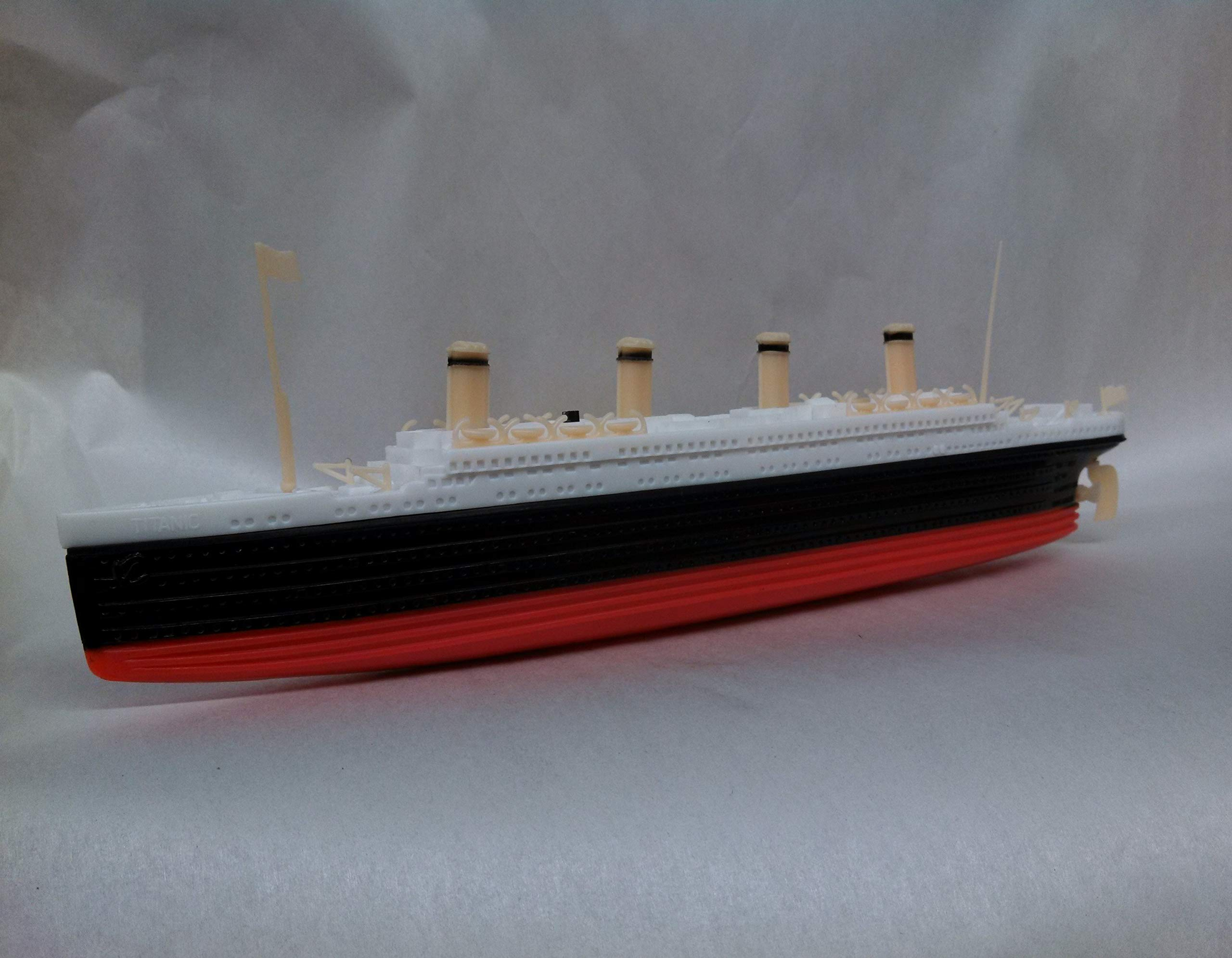 Atlantis Toy and Hobby RMS Titanic Battery Powered Toy