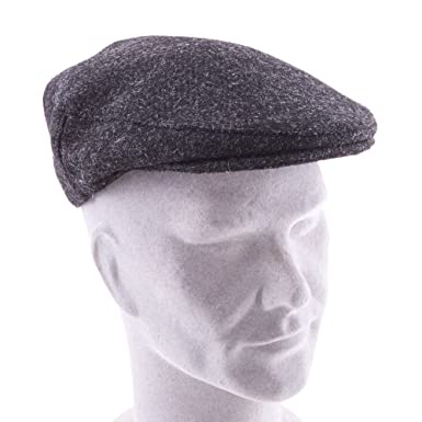 The Kilt Store Charcoal Harris Tweed Cap  Amazon.co.uk  Clothing cc6a62b4df91