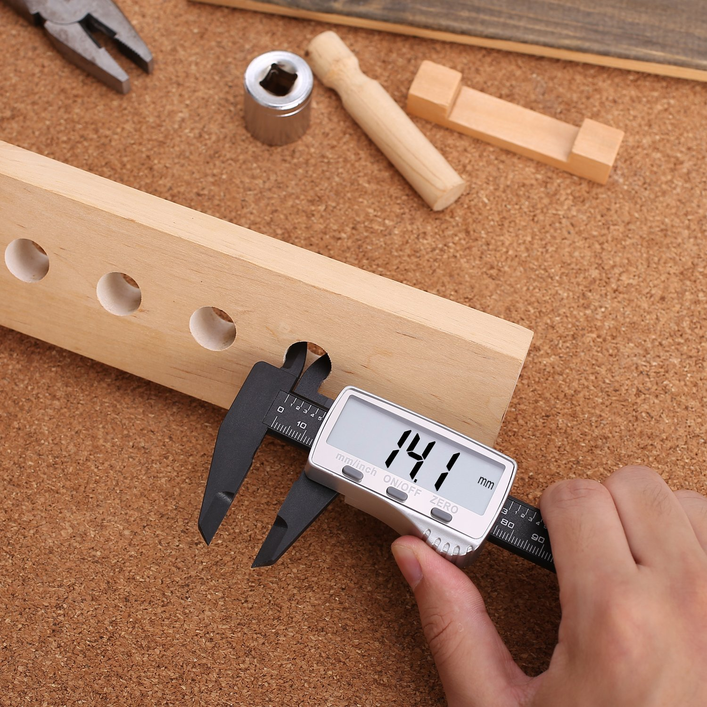 Au/ßendurchmesser und Tiefe Messger/ät mit LCD-Ziffernanzeige Umwandlung auf metrisches System Noniusskala Messung von Innen- Tacklife DC01 digitaler Messschieber 0-150 mm